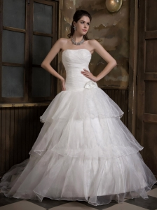 Simple A-line Strapless Wedding Dress Sweep Train Taffeta and Organza Hand Made Flower