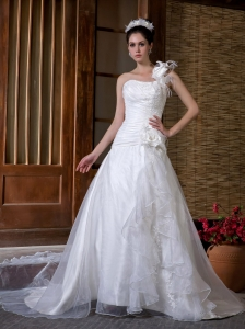 Elegent Wedding Dress A-line One Shoulder Hand Made Flowers Chapel Train Taffeta and Organza Appliques