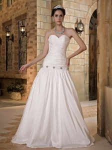 Low Cost A-line Sweetheart Wedding Dress Floor-length Taffeta Beading