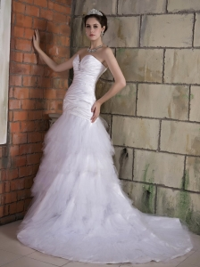 Popular Wedding Dress A-line Sweetheart Ruch and Beading Chapel Train Taffeta and Tulle