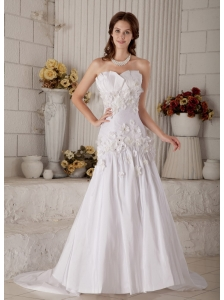 Special A-line / Princess Strapless Hand Made Flowers and Beading Wedding Dress Court Train Taffeta
