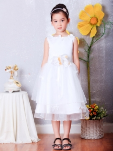 Sweet White A-line Scoop Hand Made Flowers Flower Girl DressTea-length Organza