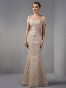 Unique Champagne Mermaid Mother Of The Brides Dress Off The Shoulder Beading Floor-length Lace