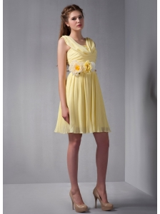 Beautiful Light Yellow Empire Square Hand Made Flower Bridesmaid Dress Mini-length Chiffon