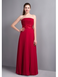 Popular Wine Red Strapless Pleat Bridesmaid Dress Floor-length