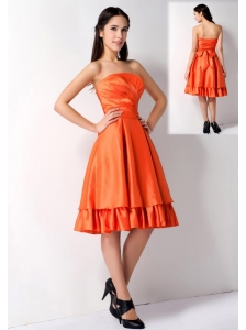 Customize Orange Red A-line Strapless Bow Bridesmaid Dress Knee-length Taffeta