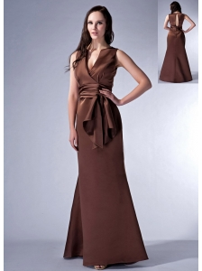 Elegant Brown Cloumn V-neck Bridesmaid Dress Satin Ruch Floor-length