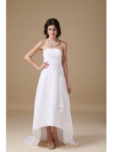Beautiful A-line Strapless Beach Wedding Dress Chiffon Appliques High-low