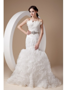 Beautiful Mermaid Strapless Wedding Dress Organza Beading and Appliques Court Train