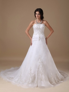 Beautiful Wedding Dress A-line Strapless Organza and Satin Appliques Chapel Train