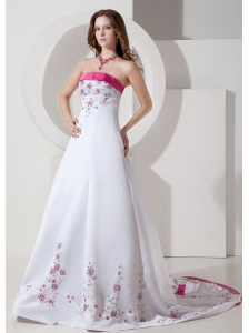Custom Made A-line / Princess Strapless Wedding Dress Satin Embroidery Court Train