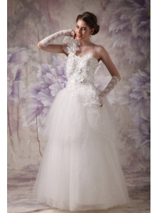 Elegant A-line One Shoulder Wedding Dress Organza Beading Floor-length