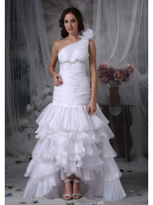 Elegant Mermaid One Shoulder Wedding Dress Organza Beading and Ruch Floor-length