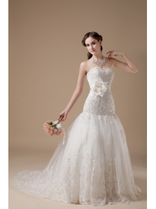 Fashionable Wedding Dress A-line Sweetheart  Lace Hand Made Flower Brush Train