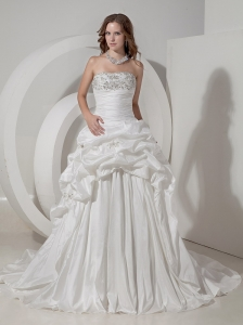 Luxurious A-line Strapless Wedding Dress Taffeta Beaidng and Pick-ups Chapel Train