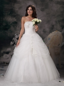 Remarkable A-line Strapless Low Cost Wedding Dress Tulle Hand Made Flowers Floor-length
