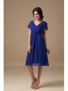 Beautiful Royal Blue Mother of the Bride Dress A-line V-neck  Chiffon Ruch Knee-length
