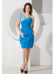 Popular Sky Blue Column One Shoulder Homecoming Dress Chiffon Ruch and Beading Knee-length