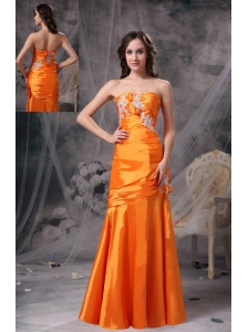 Customize Orange Column Sweetheart  Evening Dress Taffeta Appliques and Ruch Floor-length