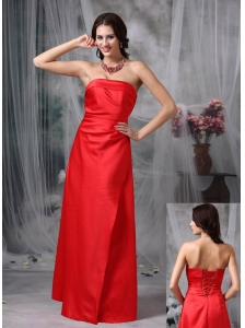 Red Elegant Bridesmaid Dress Column / Sheath Strapless Satin Floor-length