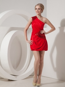 Affordable Red One Shoulder Short Prom   Dress Silk Like Satin Mini-length Sequins