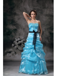 Beautiful Aqua Blue Strapless Prom / Evening Dress with Appliques
