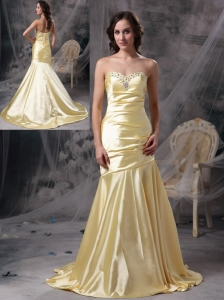 Perfect Light Yellow Mermaid Sweetheart Evening Dress Taffeta Beading Brush Train