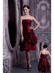 Pretty Burgundy A-line Strapless Prom / Homecoming Dress Taffeta Pick-ups Knee-length