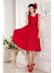 Red Bridesmaid Dress Under 100 A-line V-neck Knee-length Taffeta Hand Made Flowers