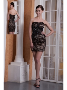 Colorful Column Strapless Cocktail Dress Leopard Beading Mini-length