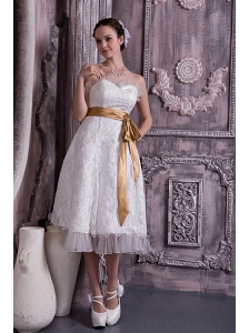 Custom Made Column / Sheath Sweetheart Short Wedding Dress Lace and Organza Beading Tea-length