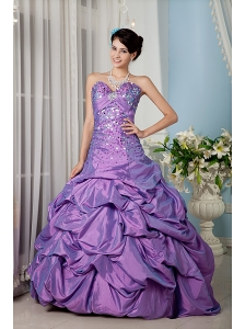 Elegant Lavender A-line Sweetheart 15 Quinceanera Dress Taffeta Sequins Floor-length