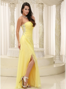 Light Yellow High Slit Prom Dress And Gown Strapless Chiffon Skirt