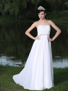 Clearence For Beach Wedding Dress With Strapless Sweep Chiffon In Florida