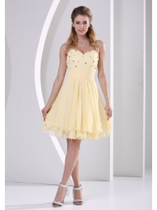 Light Yellow Chiffon Sweetheart Beaded Knee-length Homecoming / Cocktail Dress For Custom Made
