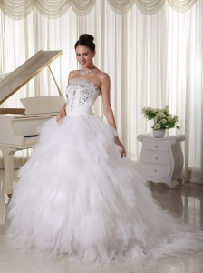 Tulle Ruffles Popular Wedding Dress A-line Strapless Sweep Brush Beaded Decorate Up Bodice