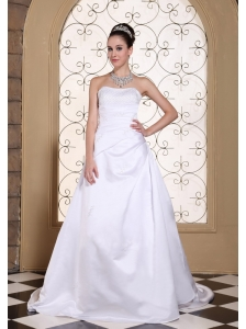 White Elegant Wedding Dress For 2013 Sequined Decorate Bust in Satin With Court Train