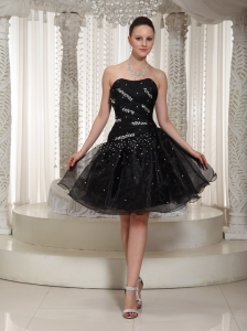 Hand Made Beading A-line Organza Homecoming Dress With Knee-length