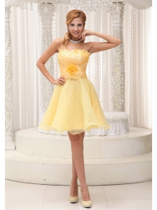 Hand Made Flower On Up Bodice Light Yellow Sweet Prom / Cocktail Dress For 2012 Beaded Decorate Bust