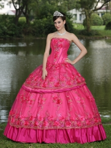 Hand Made Flowers and Beading Floor-length Taffeta Modest Style For 2013 Quinceanera Dress