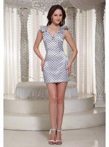 Special Fabric V-neck 2013 Lovely Homecoming Dress For Party