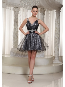 V-neck Organza Black A-line Mini-length Cocktail Dress