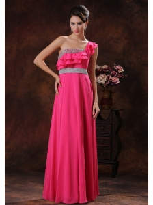 2013 Payson Arizona One Shoulder Coral Red Beaded Decorate Prom Dress