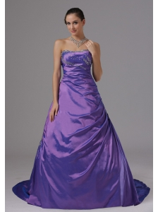 A-line Eggplant Purple and Beaded Decorate Bust For Plus Size Prom Dress In Alaska