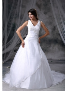 Perry Iowa Appliques Decorate Bust Ball Gown Wedding Dress For 2013 Chapel Train Organza and Satin