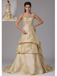 Wholesale A-line Champagne One Shoulder Prom Dress With Appliques Decorate Bust Ruffled Layered In Guilford Connecticut