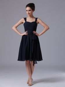A-Line Navy Blue Straps Chiffon Knee-length Bridesmaid Dress Ruched