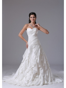 Custom Made Bridgeport Connecticut City Ruffles Sweetheart Ruched Decorate Bust 2013 Wedding Dress With Taffeta
