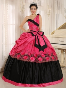 Hot Pink One Shoulder In Arcadia California For 2013 Quinceanera Dress With Bowknot and Appliques