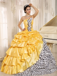 Popular Multi-color Pick-ups Strapless 2013 Quinceanera Dress In Santiago del Estero